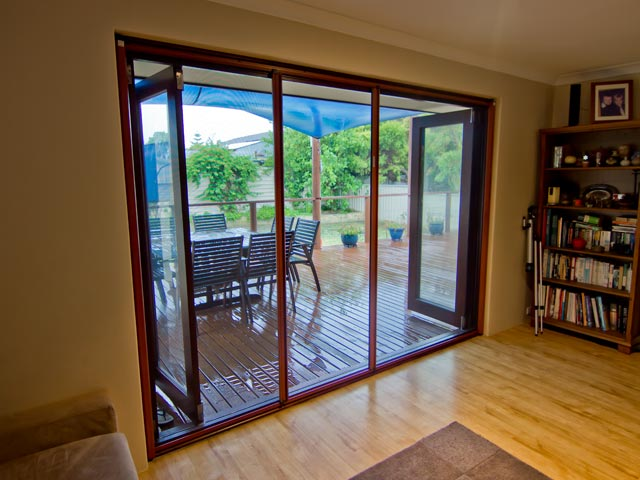 Retractable screen systems the home hub for Retractable screen systems