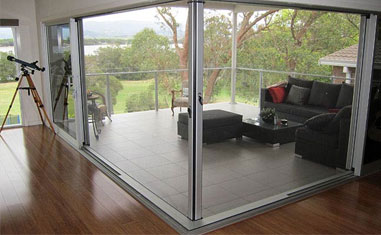 retractable screen systems